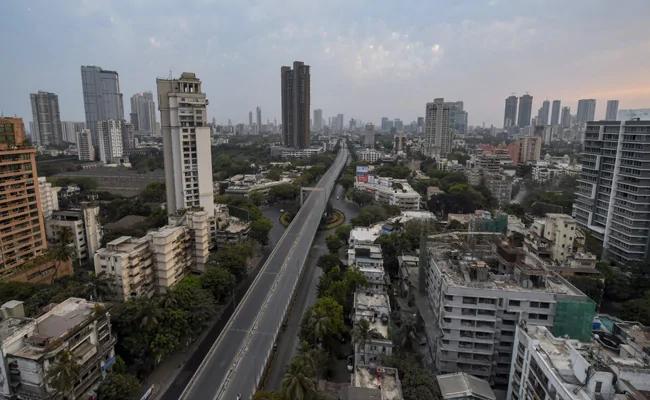 Three thousand 772 sealed buildings increased in Mumbai in three weeks   मुंबईत तीन आठवड्यांत वाढल्या तीन हजार ७७२ सील इमारती