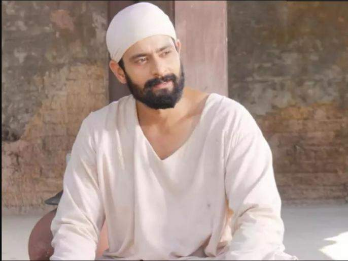 Abir surti got emtional whe he read fans letter | अबीर सूफी भारावून गेला चाहतीचे पत्र वाचून