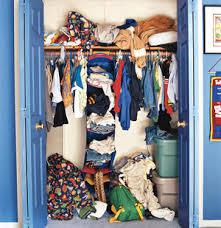 DIY : messy cupboard , full of clothes, what to do? | अरे , कोणआवरणारतुझंकपाट ? फुटेल ते:)