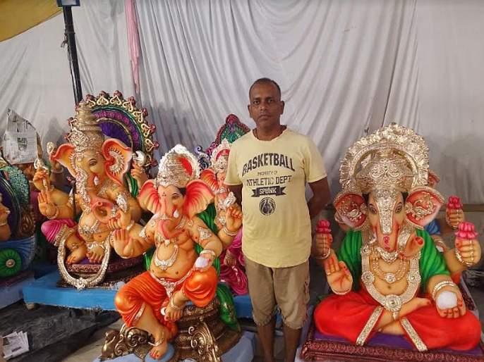 Effect of flood in Kolhapur, Sangli area on Goa idol sellers | कोल्हापूर, सांगली भागातील पुराचे परिणाम गोव्यातील मूर्ती विक्रेत्यांवर