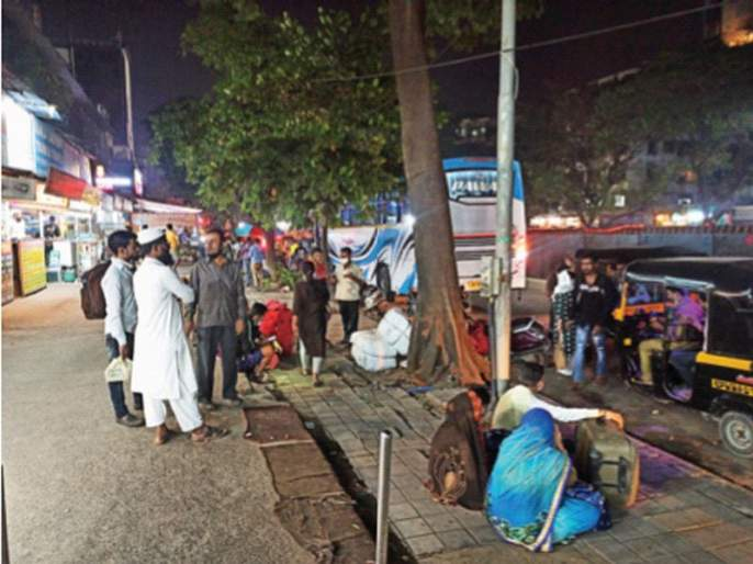 Doubling of private bus fares on Diwali; | दिवाळीत खासगी बसच्या तिकीट दरात दुप्पट वाढ; ट्रॅव्हल्सचालकांनी प्रचंड दर वाढविले