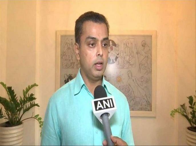 What are the plans of Shiv Sena, Nationalist assurances, Congress? - Milind Deora | शिवसेना, राष्ट्रवादीची आश्वासनपूर्ती, काँग्रेसच्या योजनांचे काय? - मिलिंद देवरा