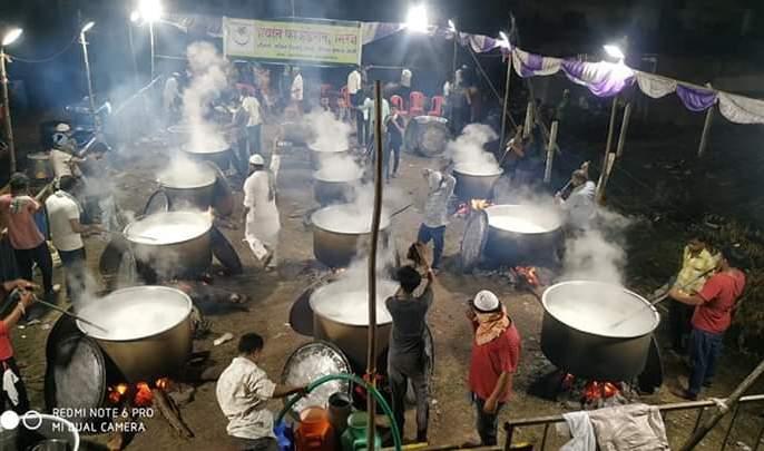 Corona Virus Lockdown: 5,000 liters of Shirkhurma in Miraj | CoronaVirus Lockdown : मिरजेत तब्बल ५ हजार लिटर शिरखुर्मा, गरीब मुस्लिम कुटुंबांसाठी ईदचीभेट
