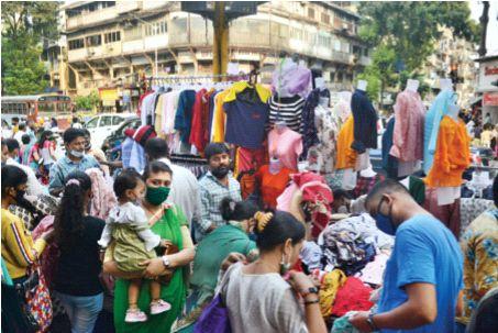Mumbai markets decorated for Diwali shopping | दिवाळी खरेदीसाठी सजल्या मुंबईच्या बाजारपेठा; नियम पाळण्याचे प्रशासनाचे आवाहन