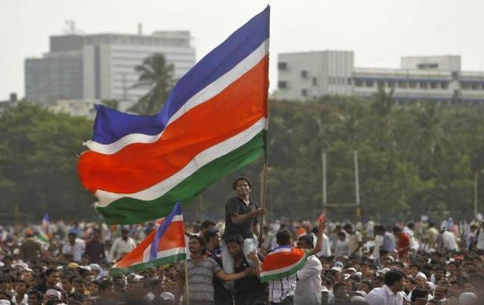 Raj Thackeray and Mansanik Bhikari will not be involved in ED inquiry | ईडीच्या चौकशीला राज ठाकरे व मनसैनिक भीक घालणार नाहीत: उपरकर