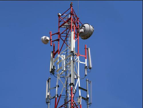Mobile Network's Problem Borlipanchatan   मोबाइल नेटवर्कचा उडाला बोजवारा, बोर्लीपंचतनमध्ये ऑनलाइन शिक्षणाला खोडा