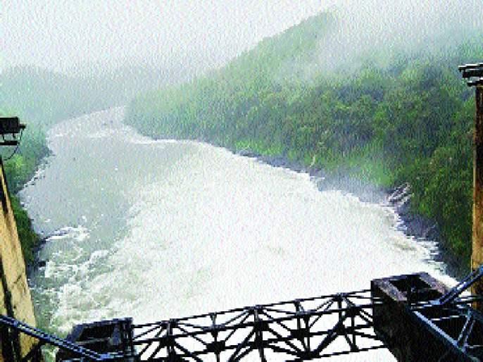 Only 44 percent of the water stock in the ponds, water logging signs in Mumbai | तलावांमध्ये केवळ ४४ टक्के जलसाठा, मुंबईतील पाणीप्रश्न पेटण्याची चिन्हे