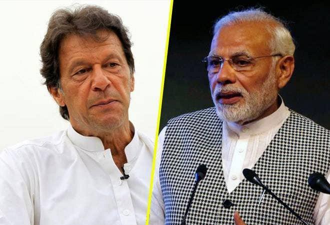 Pakistani government has decided to approach the International Court of Justice over Kashmir issue | संयुक्त राष्ट्रात माती खाल्ल्यानंतर आता काश्मीर प्रकरणी पाकची आंतरराष्ट्रीय कोर्टात धाव