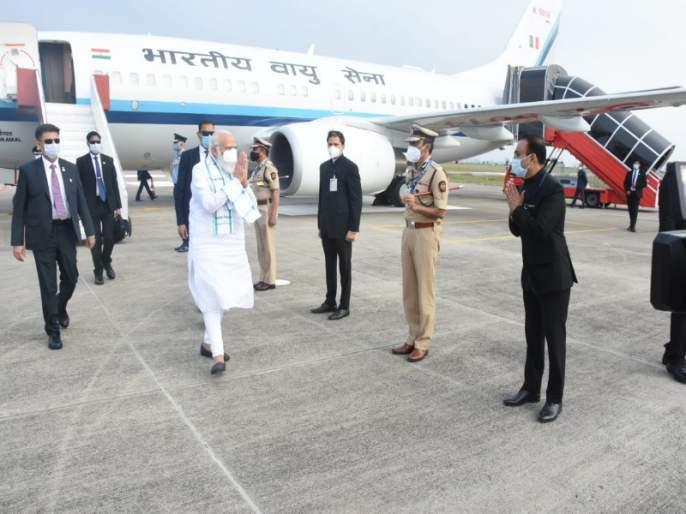 After Ahmedabad, Hyderabad Prime Minister Narendra Modi is now reached to the Serum Institute in Pune   पंतप्रधान नरेंद्र मोदी अहमदाबाद, हैदराबादनंतर आता पुण्यातील 'सिरम' इन्स्टिटयूटमध्ये दाखल