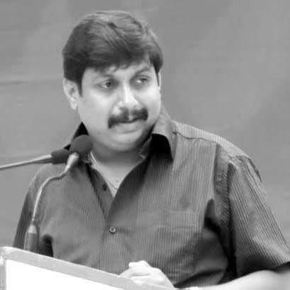 Mohite-Patel's grateful utensil shines in election | मोहिते-पाटलांची कलई केलेली भांडी निवडणुकीत चकाकली