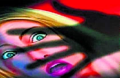 Marathi actress abused and beaten by an alcoholic | मराठी अभिनेत्रीचा विनयभंग; शिवीगाळ करत मद्यपीने केली मारहाण