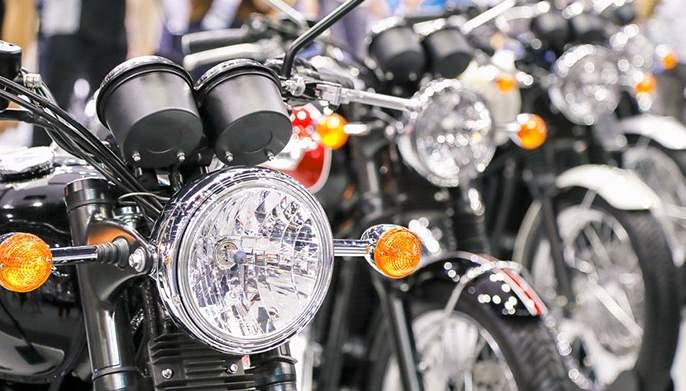 Exports of two-wheelers will increase next year | दुचाकींची निर्यात पुढच्या वर्षी वाढणार