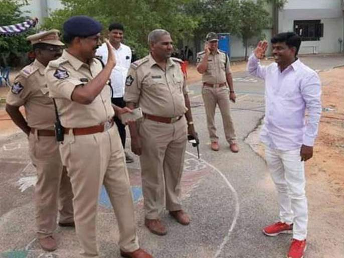 Photo of Andhra pradesh inspector turned MP saluting former boss goes viral | पोलीस निरीक्षक झाला खासदार; जुन्या सहकाऱ्यांना पाहताच ठोकला सलाम