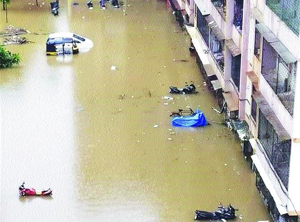 The situation in Mira Bhayandar continued for another day | मीरा-भाईंदरमध्ये पूरस्थिती दुसऱ्या दिवशीही कायम