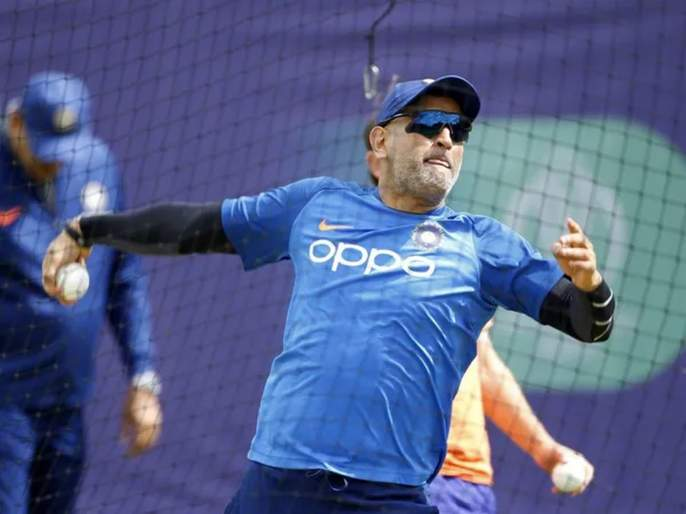 If Dhoni is fit and in form I think we can't look beyond him as he'll be an asset behind the stumps, say Wasim Jaffer svg   ... तर MS Dhoniचं टीम इंडियात पुनरागमन झालंच पाहिजे, माजी सलामीवीर सरसावला