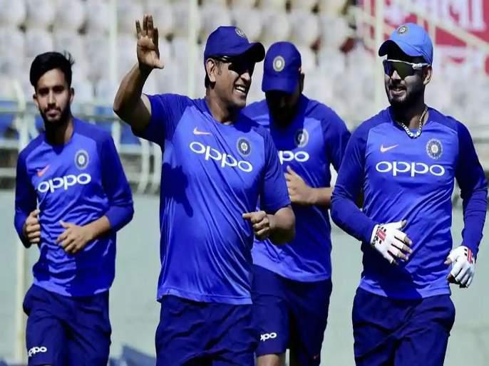 No better option than Rishabh Pant as MS Dhoni's deputy at ICC World Cup: Ricky Ponting | वर्ल्ड कपमध्ये महेंद्रसिंग धोनीला पर्याय म्हणून रिषभ पंतच योग्य, रिकी पाँटिंग