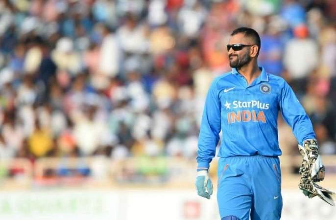MS Dhoni is going to be most important for India in World Cup, says MSK Prasad | विराट, रोहित वर्ल्ड कप संघात हवेच, पण धोनी? निवड समितीचं मोठं विधान