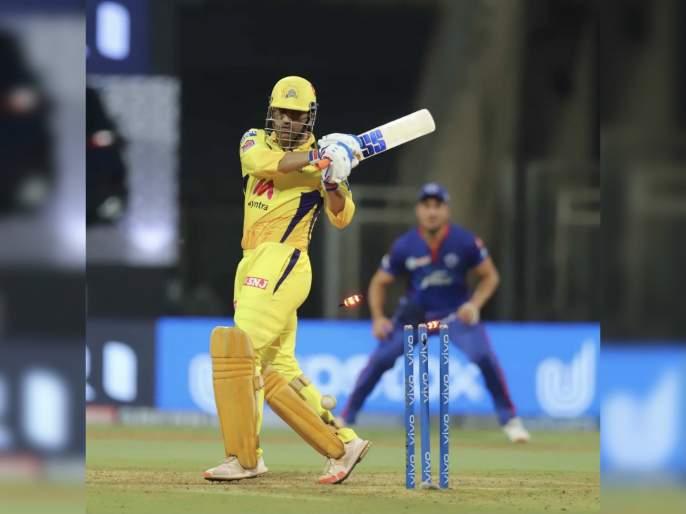 IPL 2021: CSK vs DC T20 Live: Mahendra Singh Dhoni 4th time dismissed for zero | IPL 2021 : CSK vs DC T20 Live :शून्यावर बाद होऊनही 'महेंद्रसिंग धोनी'च लीडर!