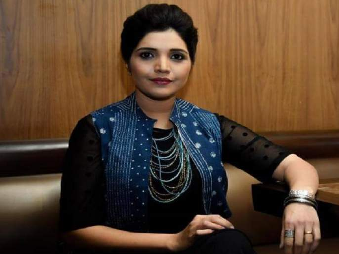 Swargiya Smita Patil award 2018 honored to mukta barve | मुक्ता बर्वेला 'स्वर्गीय स्मिता पाटील स्मृती पुरस्कार २०१८'जाहीर