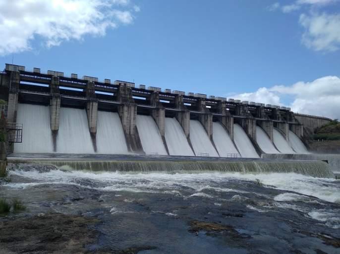 The rain stopped on the radish dam; The flow continues towards Jayakwadi | मुळा धरणावर पाऊस थांबला; जायकवाडीकडे प्रवाह सुरूच