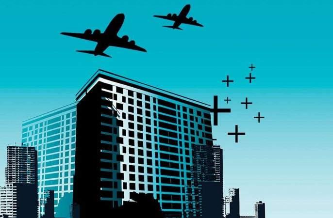 Corona delays action on tall buildings near airport | कोरोनामुळे विमानतळालगतच्या उंच इमारतींवर कारवाईला विलंब