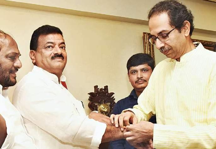 Bhaskar Jadhav's army entry was decided two years ago! The news of 'Lokmat' became true | भास्कर जाधव यांचा सेनाप्रवेश हेदोन वर्षांपूर्वीच ठरलं होतं..!'लोकमत'चेवृत्त ठरले खरे