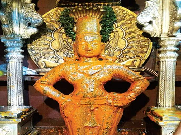 Vitthal-Rukmini is not far away from Purkha Pooja!   प्रक्षाळ पूजेने विठ्ठल-रुक्मिणीचा शिणवटा दूर!