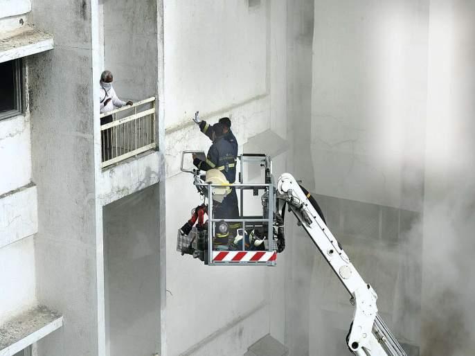 The highest ladder used by the fire brigade | अग्निशमन दलाकडून सर्वांत उंच शिडीचा वापर