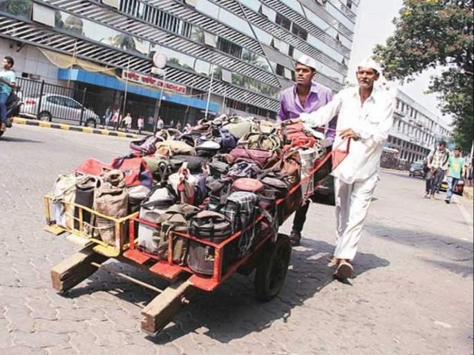 mumbai dabbawala facing tough time due to new corona lockdown restrictions in the state | धक्कादायक! ५ हजारांपैकी केवळ २०० मुंबईचे डबेवाले कार्यरत; कोरोनातील भीषण वास्तव