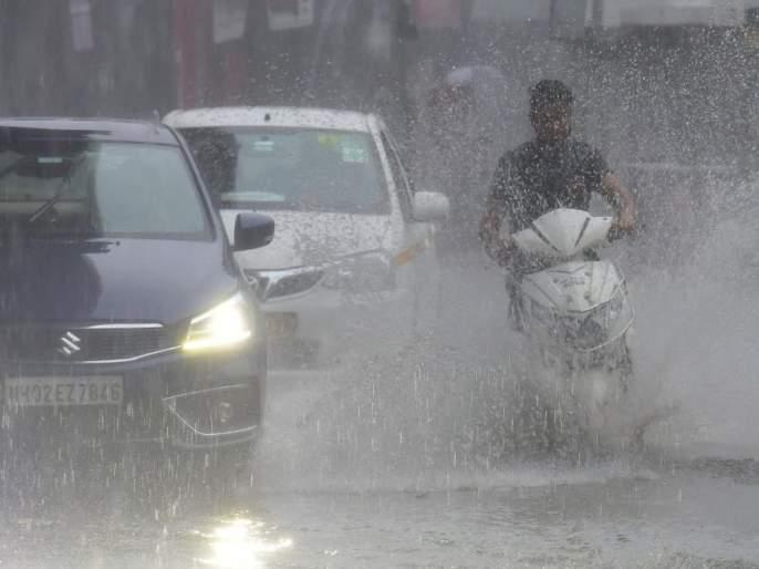 Heavy rain in mumbai IMD issues red Alert | मुंबईत मुसळधार! अतिजोरदार ते मुसळधार पावसाचा इशारा कायम; सर्व यंत्रणा अलर्टवर