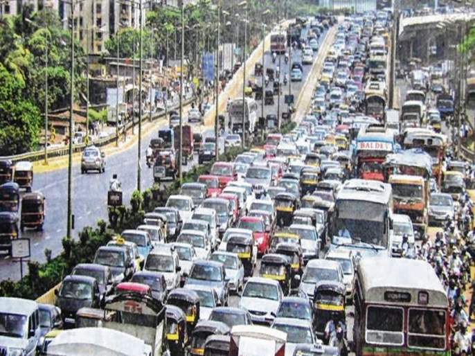Mumbai has the highest density of trains in the country   देशात मुंबईतील गाड्यांचीघनता सर्वात जास्त