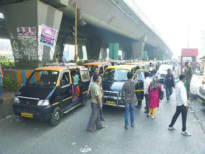 Illegal Parking in Panvel, Kalamboli, Kharghar, Turbhe | उड्डाणपुलाखाली बेकायदा पार्किंगचे पेव, पनवेल, कळंबोली, खारघर, तुर्भेमधील स्थिती