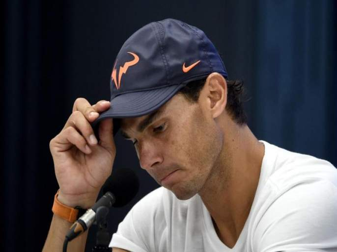Nadal's sensational defeat threatens the world top spot   नदालचा सनसनाटी पराभव, जागतिक अव्वल स्थान धोक्यात
