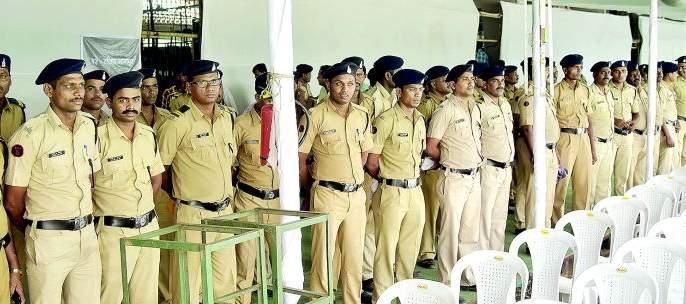 Counting of votes in Nagpur, heavy police bandobast   नागपुरात मतमोजणी, निकालानिमित्त चोख बंदोबस्त