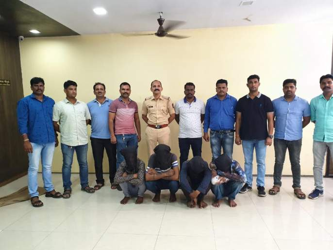 House breaking robbery gang arrested on clue of room key; lakhs of rupees worth of cash seized   रूमच्या चावीमुळेघरफोडी करणारी गॅंग अटकेत; लाखो रुपयांचा मुद्देमाल जप्त