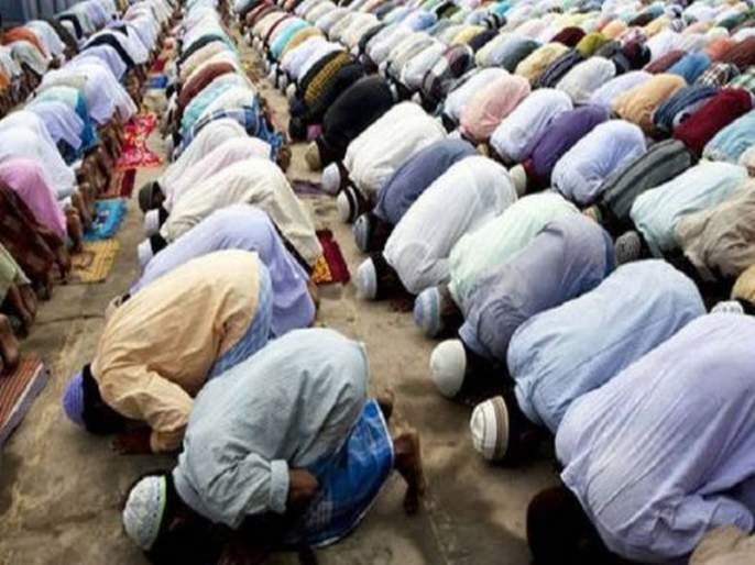 police ban namaz and aarti on roads across uttar pradesh   आता रस्त्यांवर नमाज पठण अन् आरती करण्यास बंदी