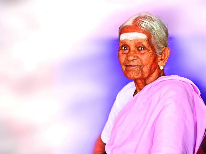 Yogguru Nanamal grandmother become world famous for her devotion and love about yoga | योगमय नानम्मल आजी