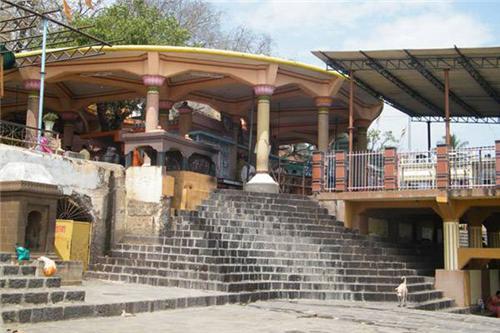 Start immediately to visit Shri Datta Mandir at Shri Kshetra Nrusinhwadi | श्री क्षेत्र नृसिंहवाडी येथील श्री दत्त मंदिर दर्शनासाठी तातडीने सुरू करा