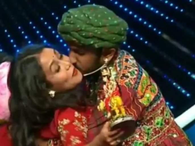 indian idol 11 vishal dadlani reply on man forcibly kissing neha kakkar | Indian Idol 11: नेहा कक्करला स्पर्धकाने बळजबरीने किस केले तेव्हा परीक्षकांनी का घेतली बघ्याची भूमिका?