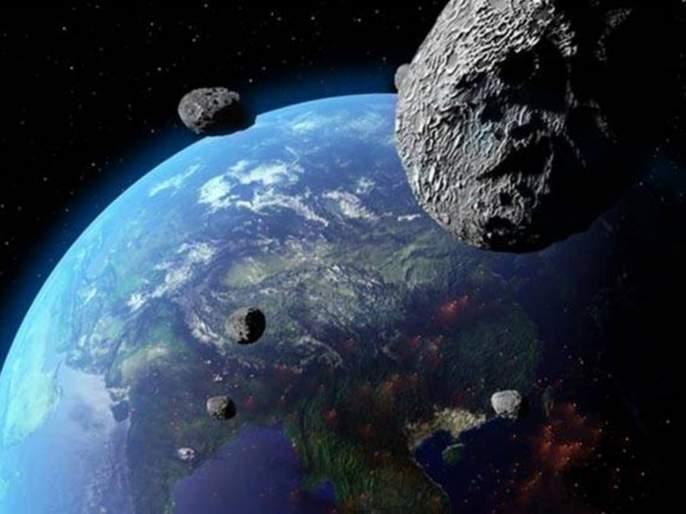 two asteroids as big as Eiffel Tower to zoom past Earth today   मोठ्या संकटाची चाहूल... 'आयफेल टॉवर' इतके मोठे दोन उल्कापिंड आज पृथ्वी जवळून जाणार
