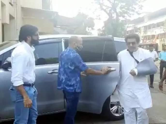 "special prayer for mns chief Raj Thackeray at Ajmer Dargah | ""मालिक आपको तंदुरुस्त रखे""; अजमेर शरीफच्या दर्ग्यात राज ठाकरेंसाठी दुआ"