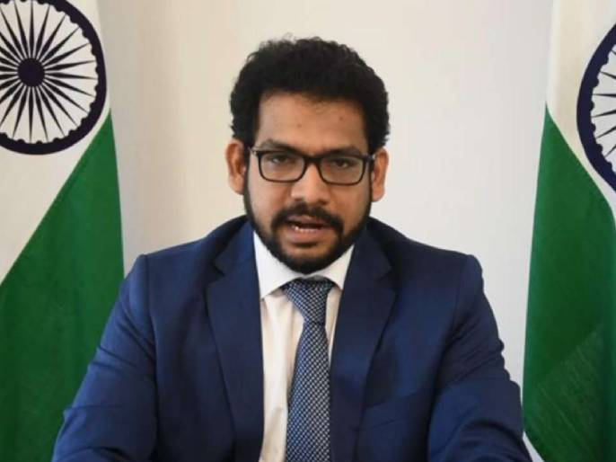 "tackle terror and prevent persecution of minorities India tells Pakistan at UNHRC   ""दहशतवादाला पोसणं बंद करा, मग परिषदेला या"", भारतानं पाकिस्तानला सुनावले खडेबोल"