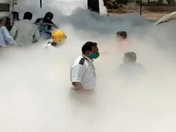 Nashik Oxygen Leak: Tears and Anger; Strong reaction across the country about the accident in Nashik | Nashik Oxygen Leak:अश्रूंचे लोट अन् संताप;प्राणवायूनेच घेतले २४ कोरोना रुग्णांचे प्राण