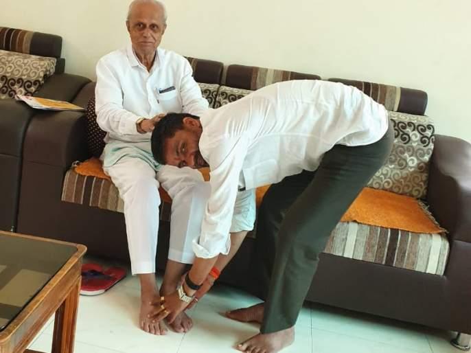 Nilesh Lanken's blessing of Nandkumar Jhavern | निलेश लंकेंना नंदकुमार झावरेंचे आशिर्वाद