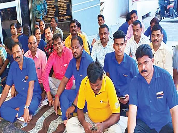 Fasting of contract workers in municipal hospital | महापालिका रुग्णालयात कंत्राटी कामगारांचे उपोषण