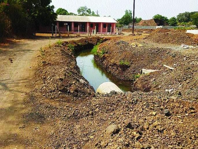 The possibility of Ulhasanadani pollution in raigad district | उल्हासनदी प्रदूषित होण्याची शक्यता