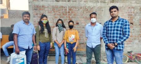 Finally, the three girls from Naigaon were found in Tuljapur   अखेर तुळजापुरात सापडल्या नायगावच्या तिन्ही मुली