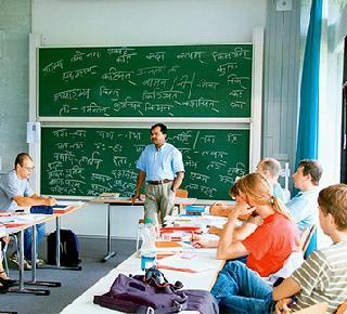 Sanskrit language is taught in 14 universities in Germany   जर्मनीतल्या १४ विद्यापीठामध्ये शिकवली जातेय संस्कृत भाषा