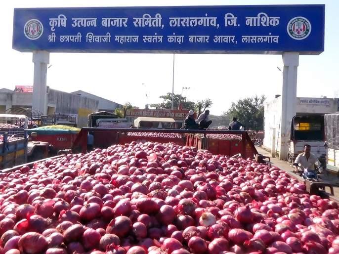 truth behind onions price hike | कांद्याच्या लालीमागील श्वेत सत्य!