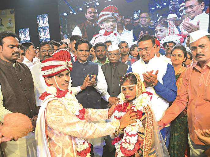 ... such an ideal marriage; Harsulkar's witness orphan Gauri's grand marriage | ...असा हा आदर्श विवाह; हर्सूलकरांच्या साक्षीने अनाथ गौरी अडकली रेशमी बंधनात